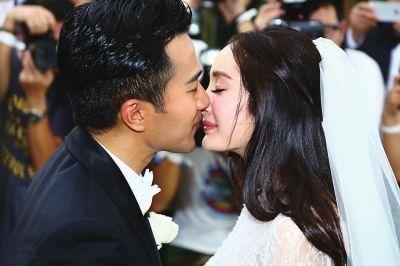 杨幂刘恺威巴厘岛大婚现场曝光 明星婚礼甜蜜瞬间大盘点