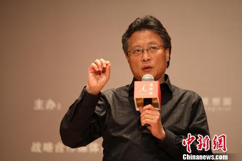"""阎连科:李白的诗在唐代或许就只是""""顺口溜"""""""