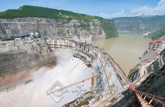 世界第三大水电站溪洛渡水电站今年汛期前全部投产发电