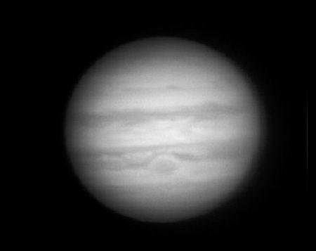 男子自制天文望远镜 可在家门口清楚看木星(图)