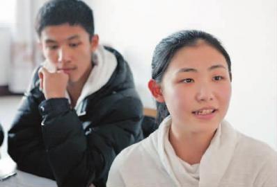 两名同学被保送清华大学 本组图片 本报记者 惠禾 摄