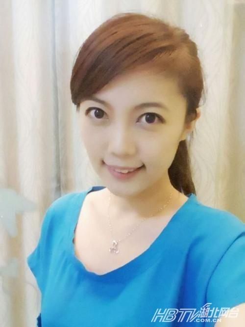 香港女星集体走光江若琳惨露丁字裤卫生巾 盘