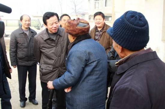 刘树生一行看望慰问困难群众--安徽频道--人民
