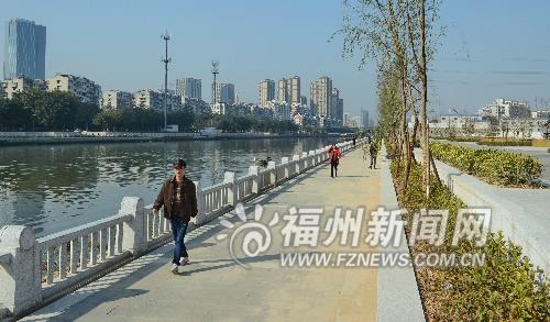 榕光明港北岸铺彩色沥青 4公里滨河公园春节前