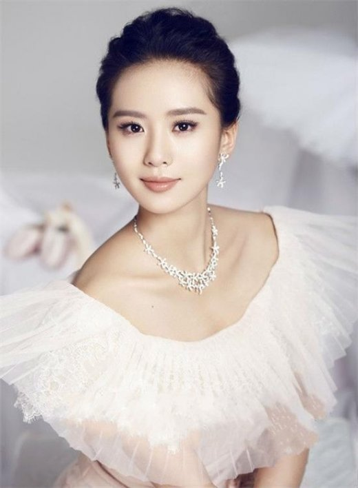 组图:网选2014女神排行 汤唯文艺邓家佳获萌女