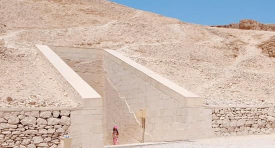埃及帝王谷法老墓现3000年前壁画图片