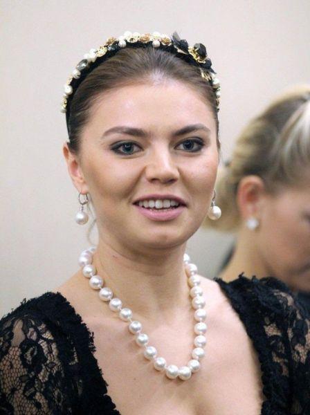 卡巴耶娃出席索契冬奥会庆祝酒会