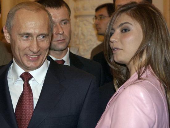 卡巴耶娃与普京的关系引起民众关注