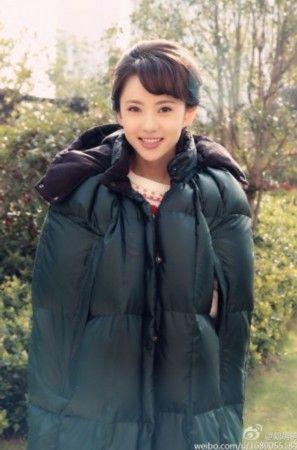 《爱情公寓4》诺澜刘萌萌抢镜图片