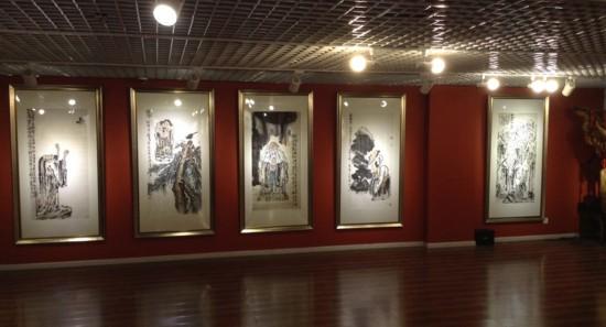 2014杨华山,李晓松书画精品展展厅一角图片