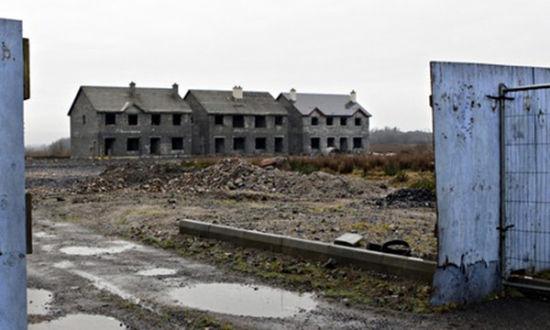 爱尔兰一处遭废弃的房屋(网页截图)
