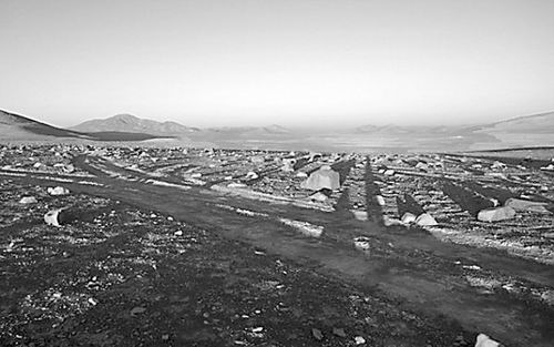 地质学家解开阿塔卡马沙漠不毛之地成矿之谜