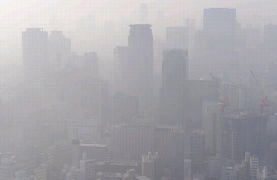 26日上午,日本大阪市PM2.5浓度上升(网页截图)