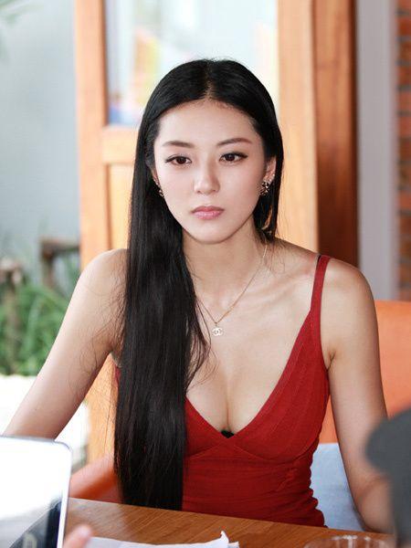 揭秘中国第1黄金比例身材美女