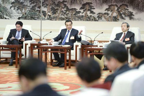 李克强分别参加云南、山西代表团审议 强调不