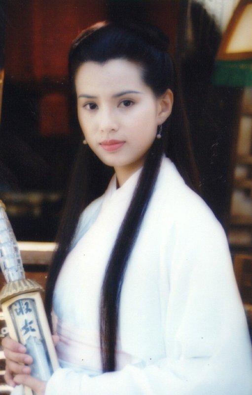 李若彤版本的小龙女堪称经典