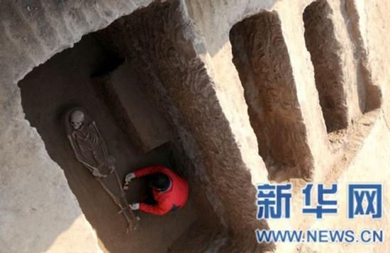 该遗址的考古发现对研究商周时期当地的社会,经济发展及墓制葬俗提供