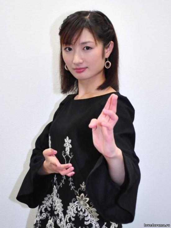日本空手道美女走红 网友:人漂亮还有这身功夫