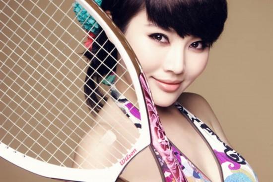 徐东东变身网球宝贝拍写真