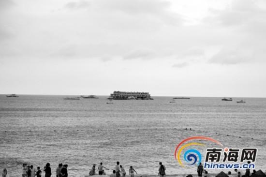 海南最大海上会所被拖离 补齐手续将重开业