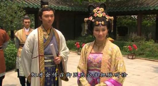王浩信/王浩信,香港男演员,现为无线电视合约艺员。