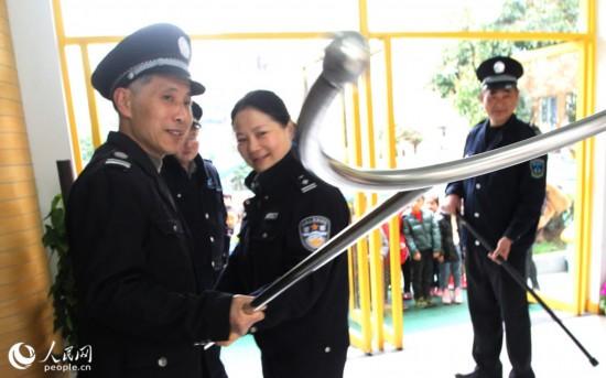 苏州幼儿园开展安全教育与防突演练