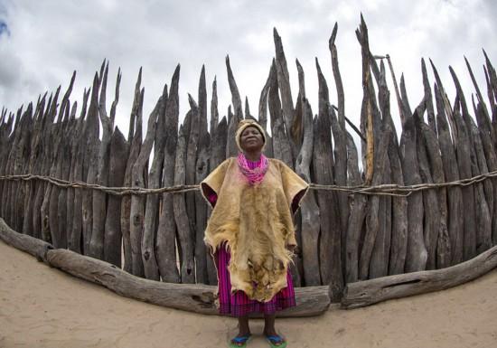 图揭非洲部落女王执政生活