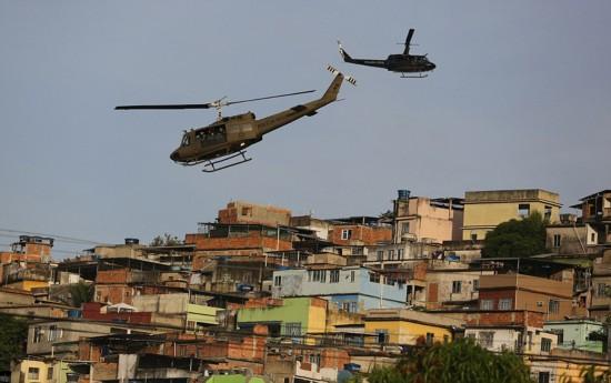 巴西上千警察武力清理贫民窟被批