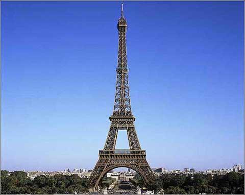 埃菲尔铁塔迎125岁生日 维修刷掉300吨油漆