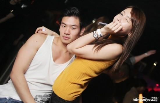 黑社会在夜店图片_韩国首尔富人区的夜店实拍【10】--陕西频道--人民网