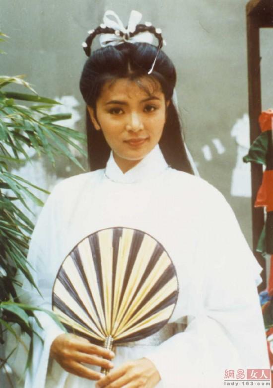 李若彤陈玉莲李心艾 各版本小龙女大PK【20
