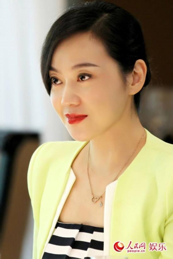 明星闫妮时尚短发分享展示图片