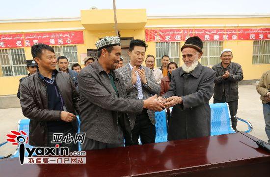 住村干部来了村里添运动设施 68岁老人捐三万支持村建设