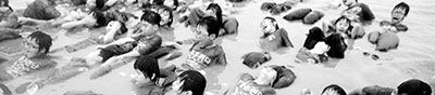 韩国小学生像特种兵一样军训。 (资料照片)