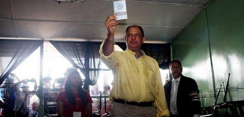 索利斯当选哥斯达黎加新总统 获77.69%选票