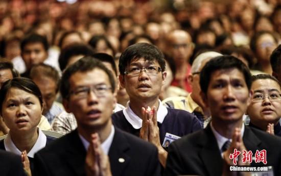 """马华/4月6日,由马华公会联合佛教团体主办的""""MH370万人念颂祈福..."""