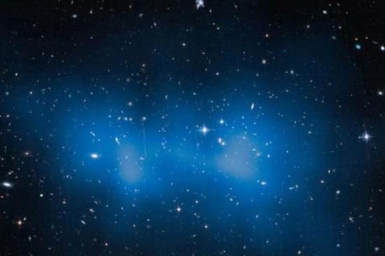 哈勃发现大星系群质量约三千万亿颗太阳