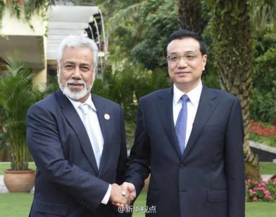 李克强在三亚同东帝汶总理沙纳纳举行会谈