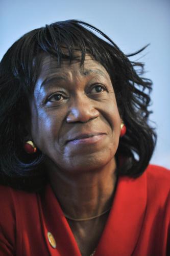图:奥巴马姑妈在美国去世 曾多年为非法移民