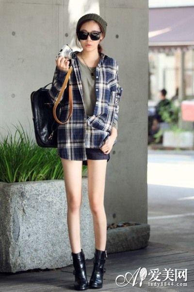 夏天女士衣服搭配-夏季女装百变搭 T恤 热裤最时尚
