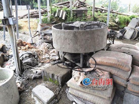 漳州:9岁小学生被水泥搅拌机绞死 厂方:不清楚