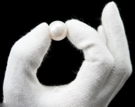 英女子耳环中发现最大天然珍珠【3】