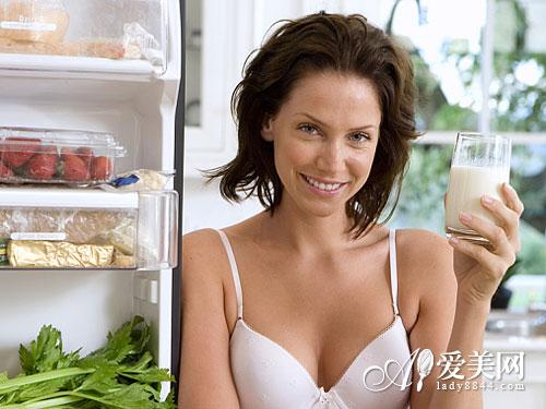 常喝滚烫水诱发食道癌 10个坏习惯最易致癌