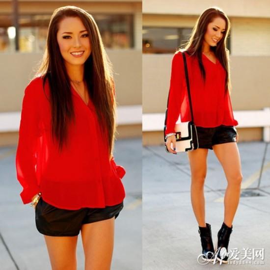 搭配五:大红色雪纺衫+黑色皮裤+黑色高跟靴+黑白拼接单肩包