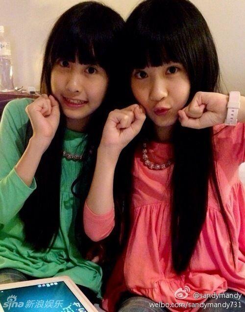 台湾超萌双胞胎长大了! sandy和mandy亭亭玉立