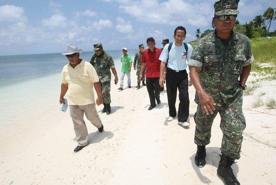 菲外长:若菲在南海遭中国攻击 美有义务援助