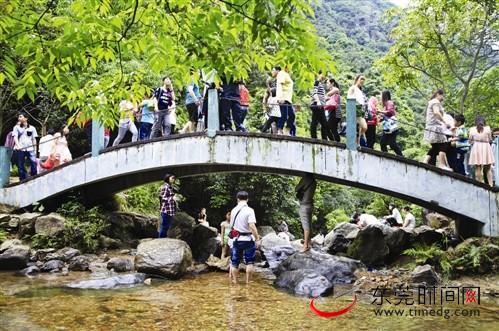 外地客最爱东莞大屏嶂森林公园