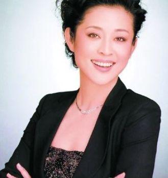 倪萍(资料图)-55岁倪萍十年后重返央视 找不到人了想起我