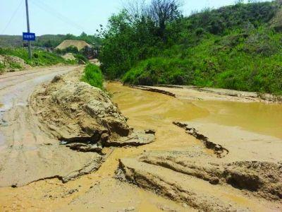 """沙石场污染严重 南京最大雨花石产地或""""停摆"""""""