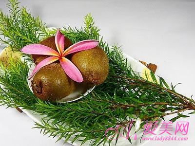 猕猴桃治便秘增强抵抗力 冬天多吃4种水果